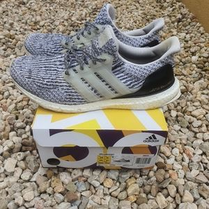 ADIDAS 'OREO' ULTRABOOSTS 3.0 Sneakers Trainers